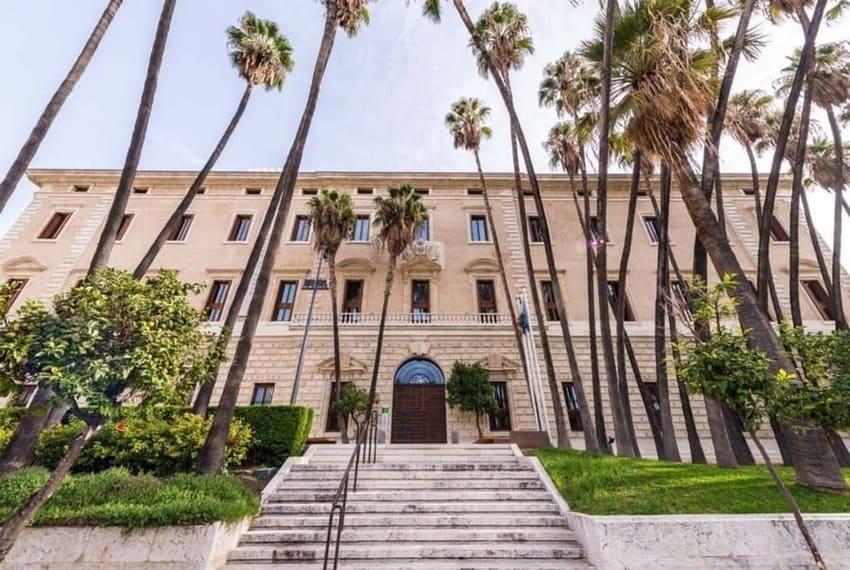 palacio de la aduana de málaga